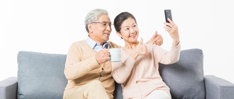 大调查|究竟哪些APP占领了大爷大妈们的手机?