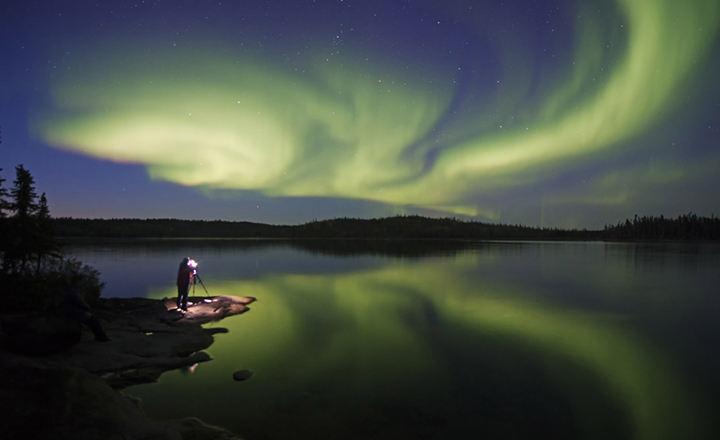 stock-photo-aurora-beauty-121865765.jpg