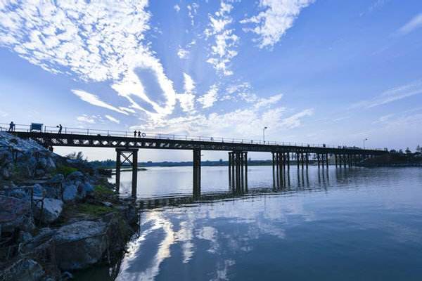 临时钢栈桥设计.jpg