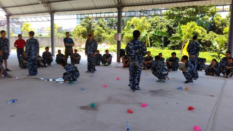 紫光电气拓展训练-决战沙场2.jpg