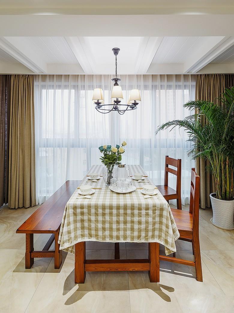 小美风~加州阳光是简美风格餐厅效果图,是由成都人和雅风装饰公司提供