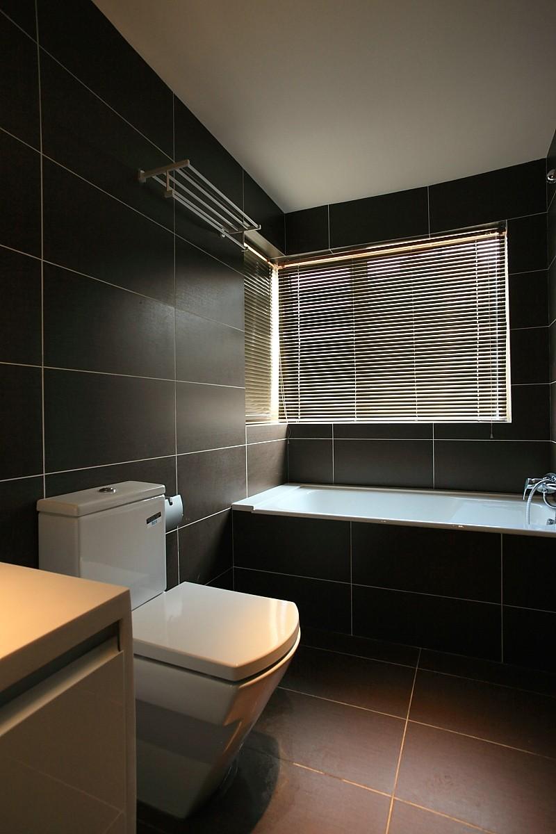 黑白灰是现代简约风格的装修卫生间图片,成都装修公司,成都人和雅风装饰