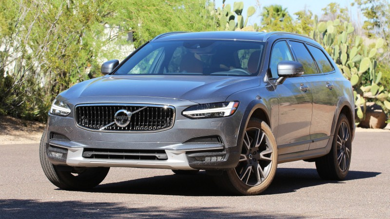 2017-volvo-v90-cross-country-first-drive (12).jpg