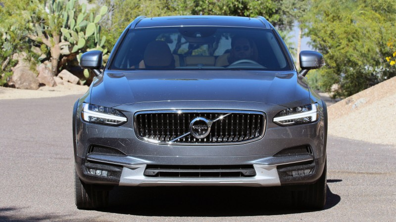 2017-volvo-v90-cross-country-first-drive.jpg