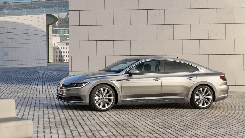 2018-vw-arteon-is-presented-in-geneva (2).jpg