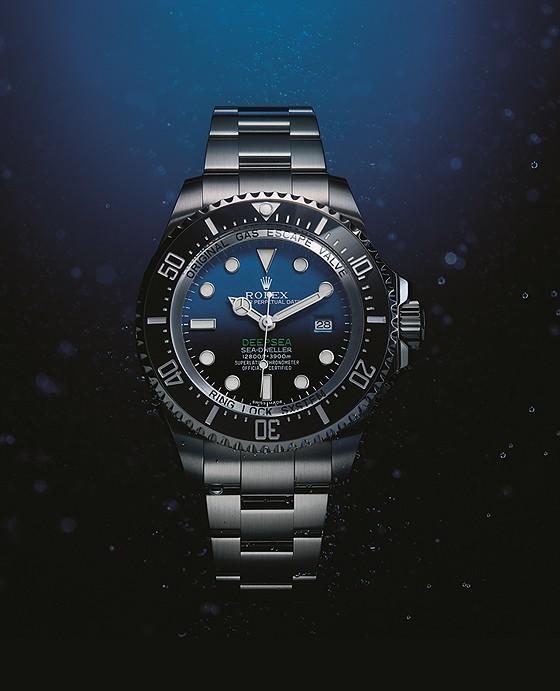 Rolex_Deepsea_D-Blue_full_560.jpg