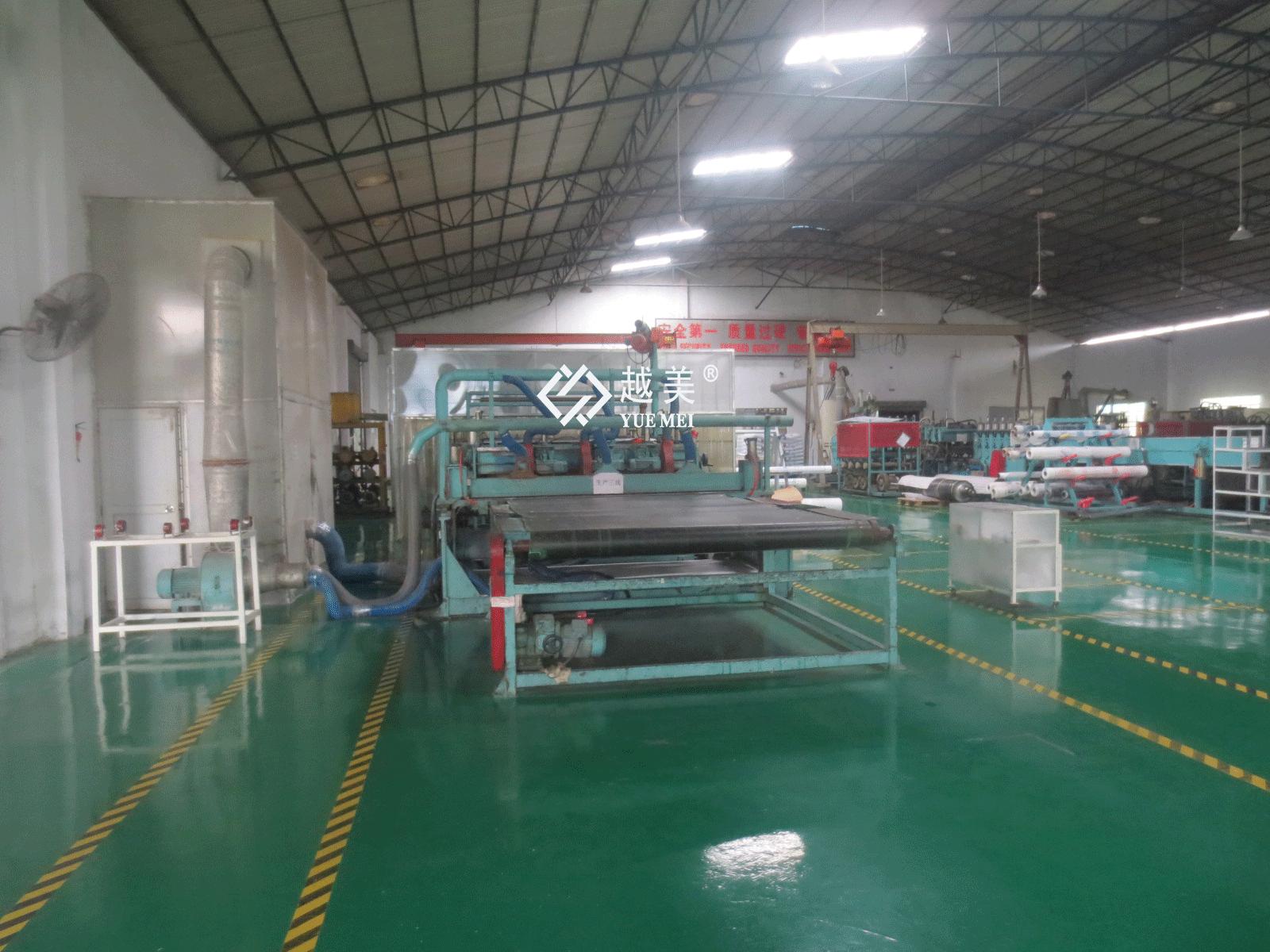 耐力板出产线.png