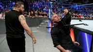 凯文·欧文斯和萨米·扎恩以下犯上,围殴太子爷!《WWE SD 2018.03.14》