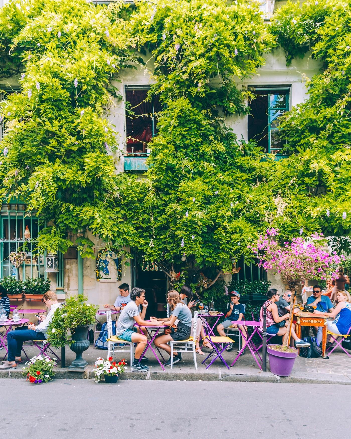 Au Vieux Paris d'Arcole.JPG