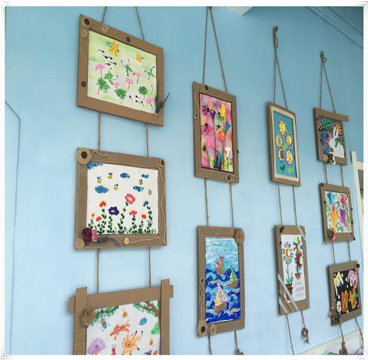 幼儿的美术作品,手工作品,都是活动环境创设的有效资源.