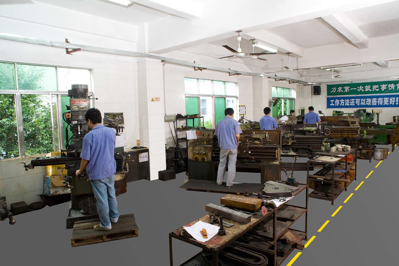大家合作改善不干胶商标印刷机