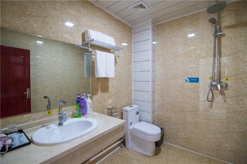浴室_wps图片.jpg