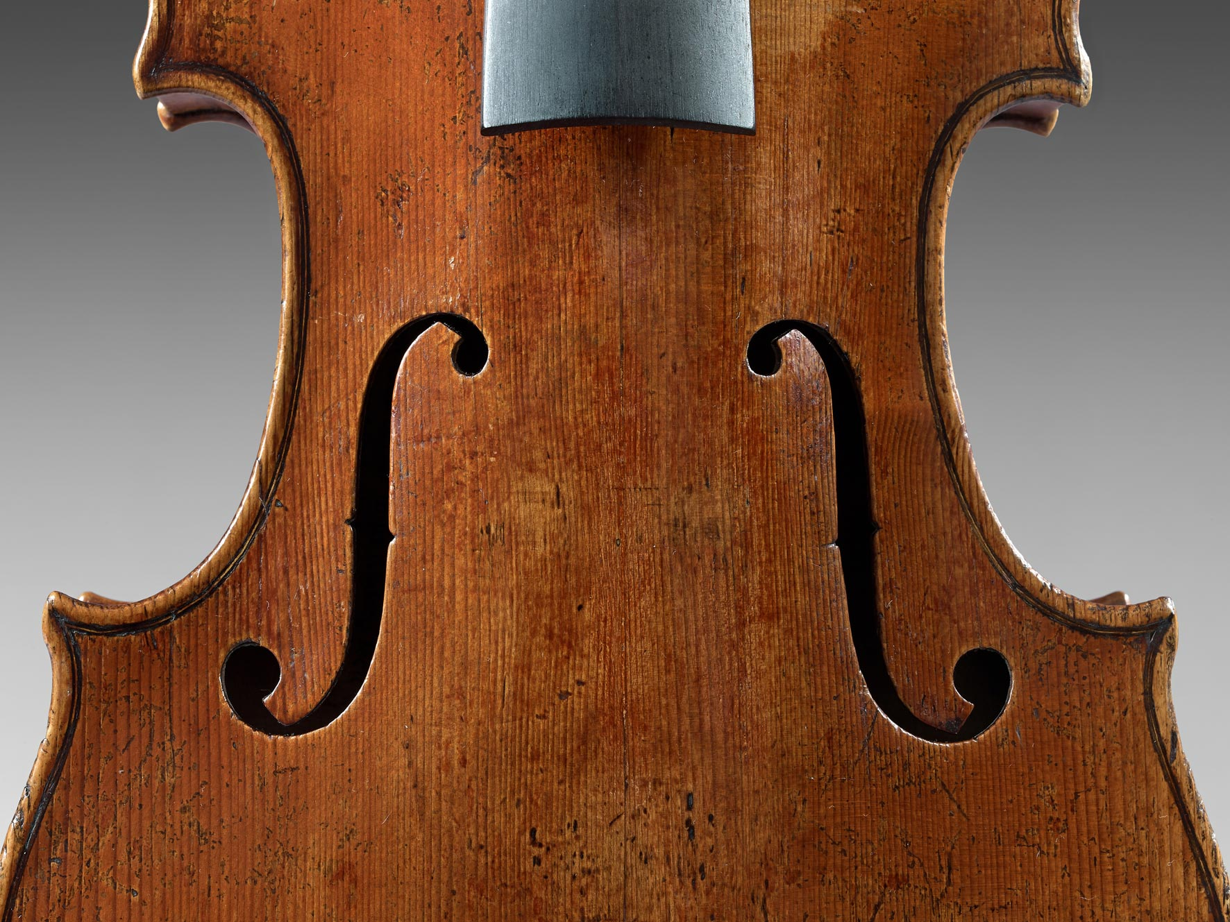 125-3-violon-joseph-guarnerius-c2a9sebert.jpg