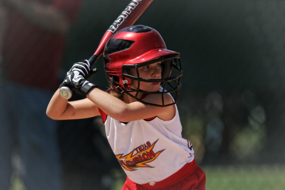 action-athlete-baseball-163304.jpg