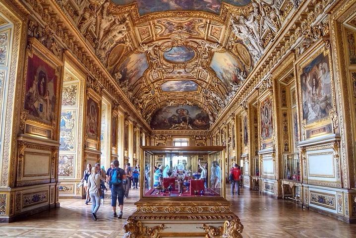 卢浮宫.jpg