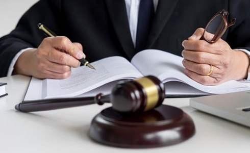 律师.jpg