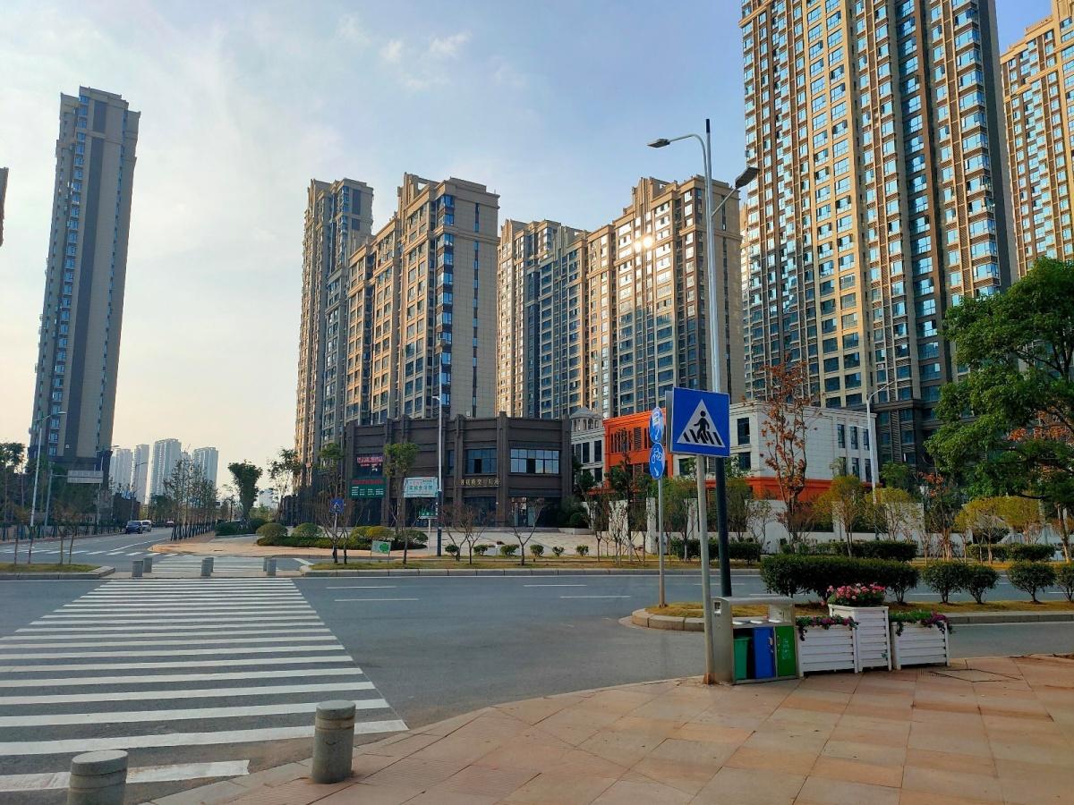 风顺东街设施.jpg