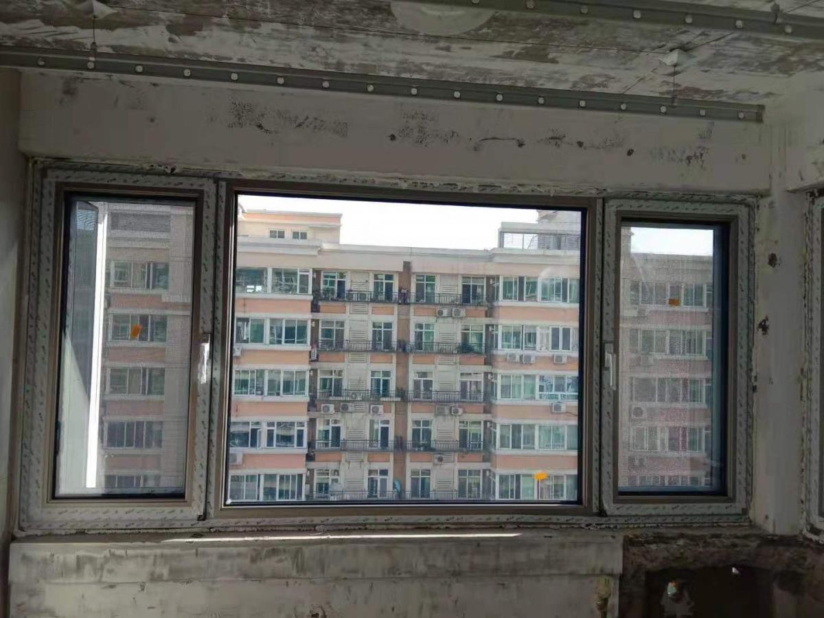伊博莱 门窗