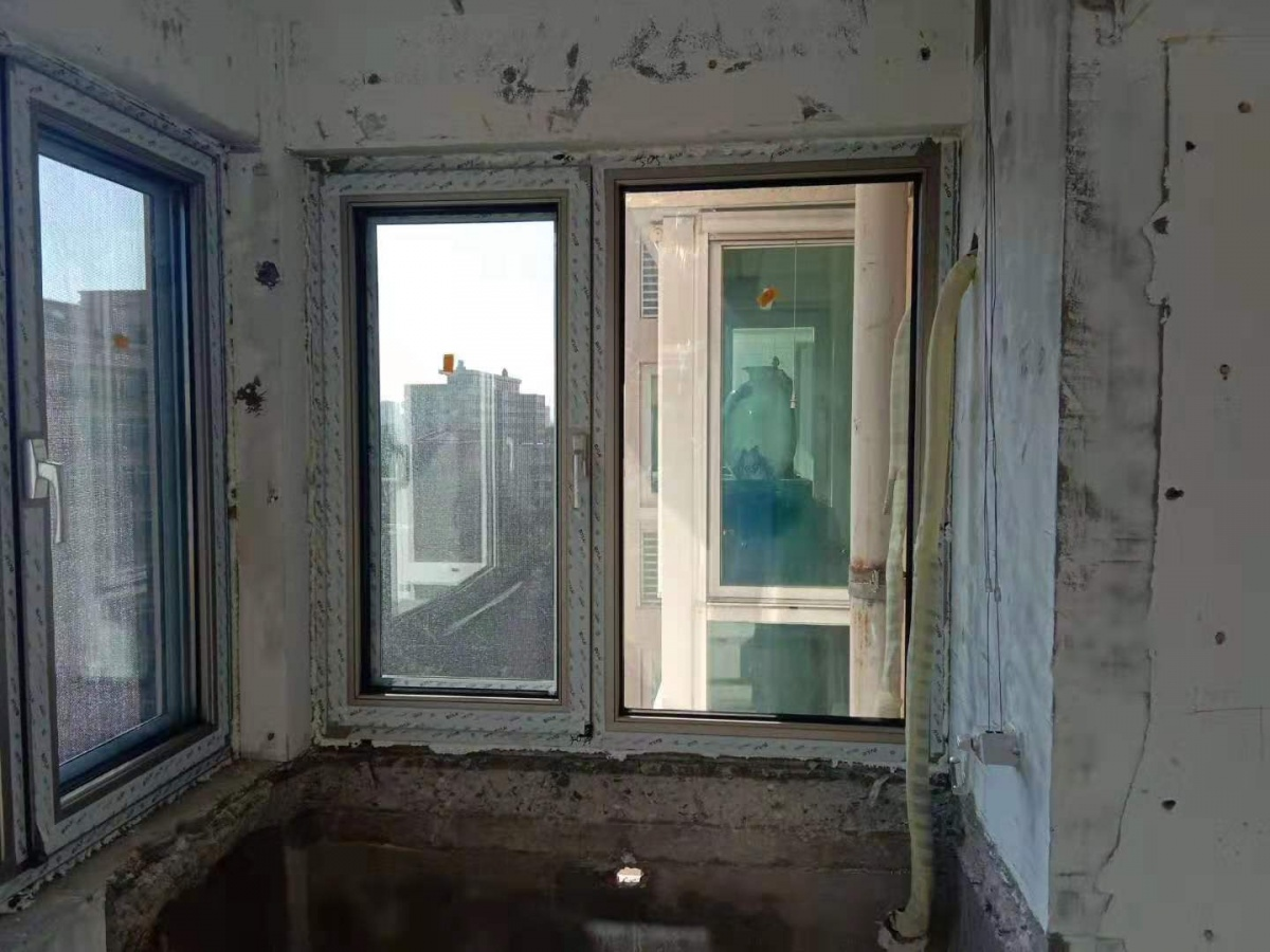 伊博莱断桥铝门窗