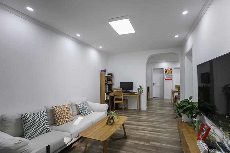 A 客厅b.JPG
