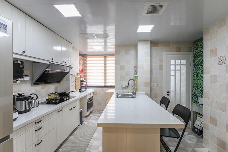 D 厨房a.JPG