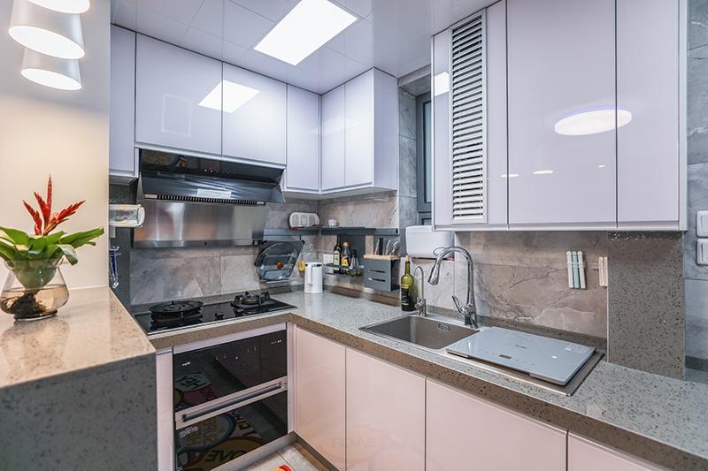 D 厨房b.JPG