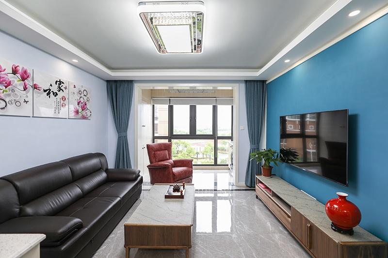 A 客厅a.JPG