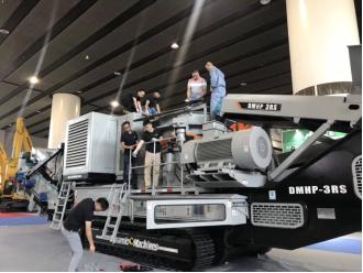 【凝心聚力,再攀高峰】东蒙机械第五届广州砂石展精彩回顾