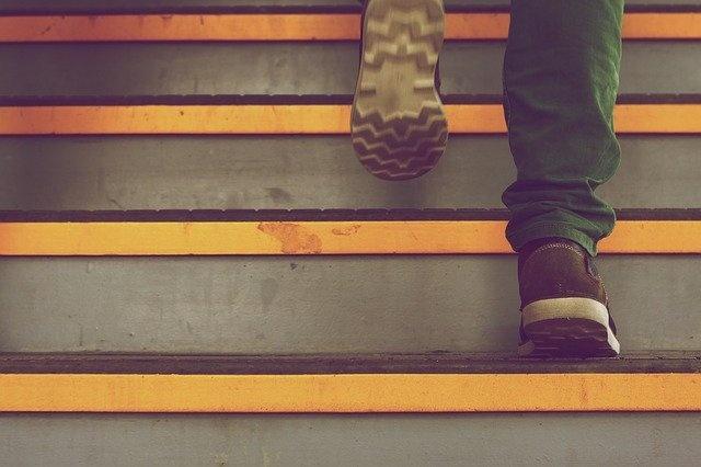 steps-388914_640.jpg