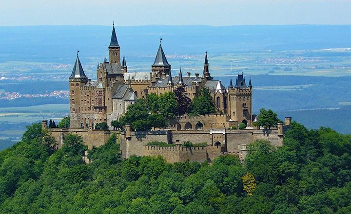 霍亨索恩城堡1.jpg