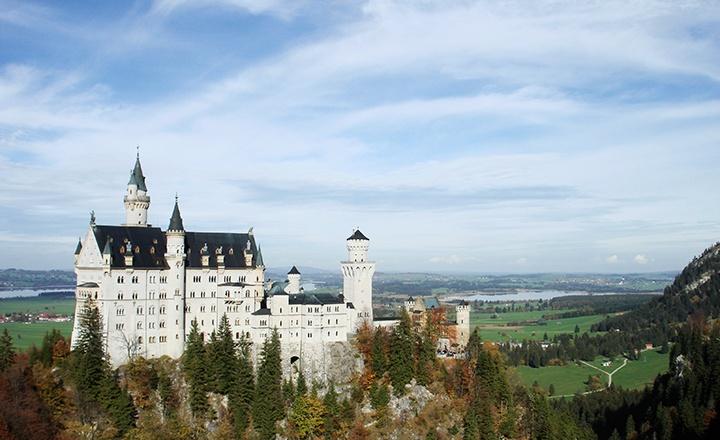 neuchwanstein-castle.jpg
