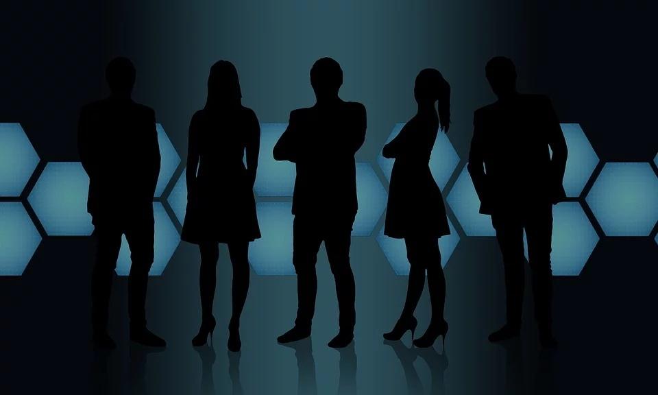 business-people-3406077_960_720_看图王.web.jpg